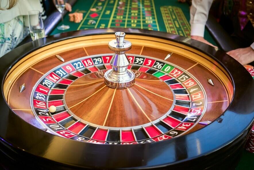 mesa de juego de la ruleta en casinos online